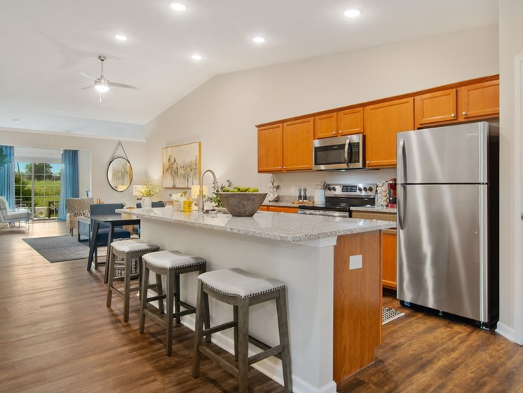 Noblesville Indiana Apartment Rentals Redwood Noblesville Webster Drive Kitchen