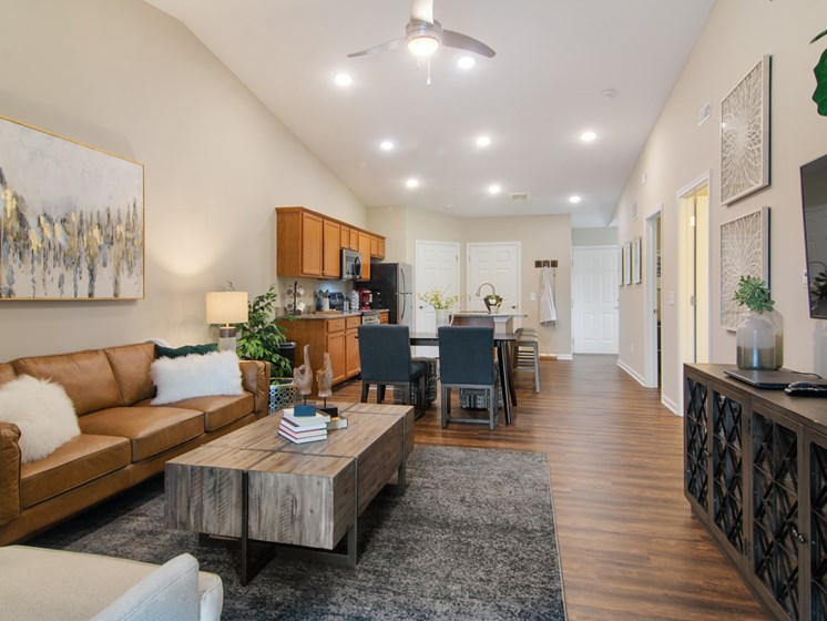 Noblesville Indiana Apartment Rentals Redwood Noblesville Webster Drive Living Room