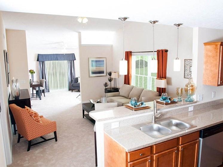 Whitestown IN Apartment Rentals Redwood The Woodlands Kitchen