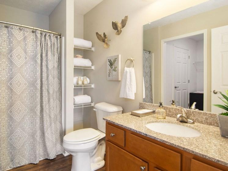 Plainfield IN Apartment Rentals Redwood Chatham Glen Full Bathroom Suite