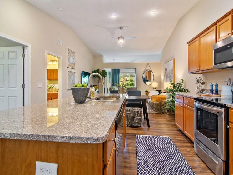 Plainfield IN Apartment Rentals Redwood Chatham Glen Kitchen Full View