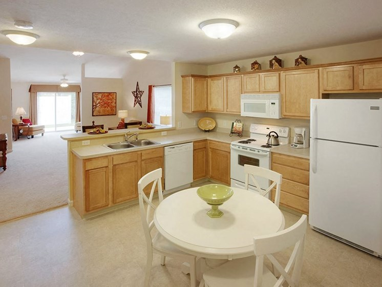 Danville IN Apartment Rentals Redwood White Lick Creek Kitchen