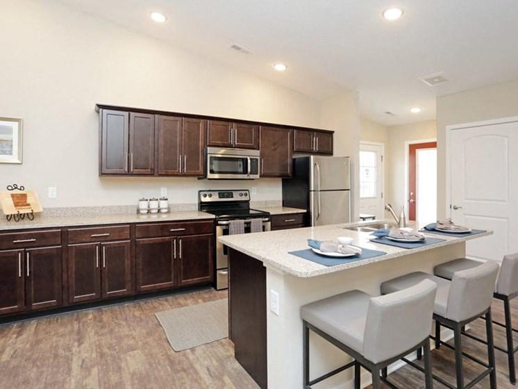 Ankeny IA Apartment Rentals Redwood Havenwood Kitchen