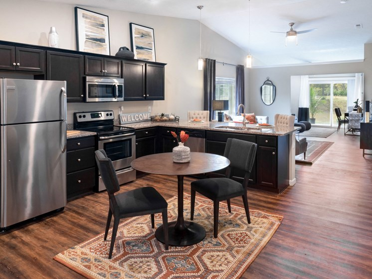 Grimes IA Apartment Rentals Redwood Pepperwood Glen Redwood Grimes Kitchen To Den