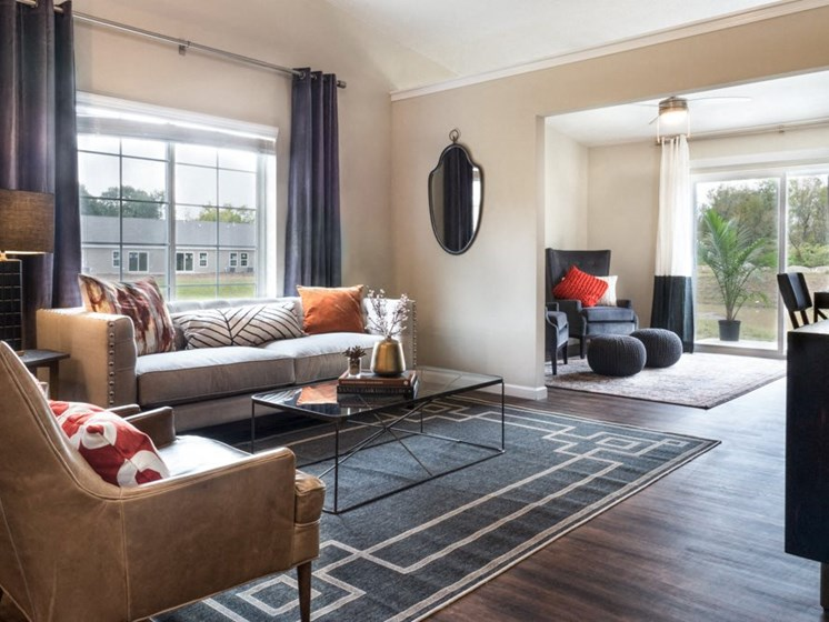 Waukee IA Apartment Rentals Redwood Somerset Oaks Living Room