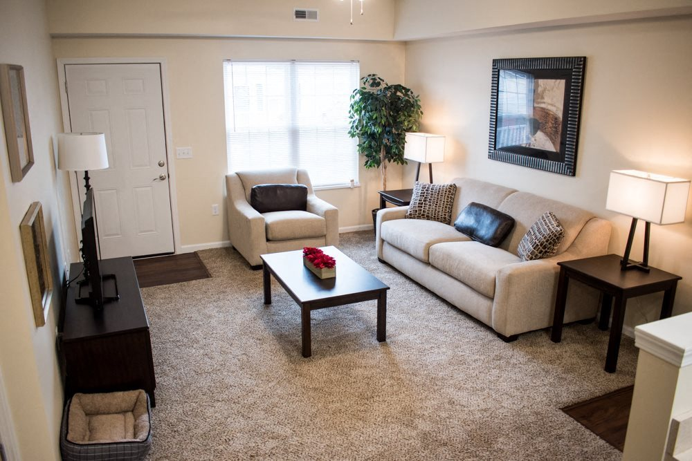 Akron OH apartment rentals Redwood Akron living room