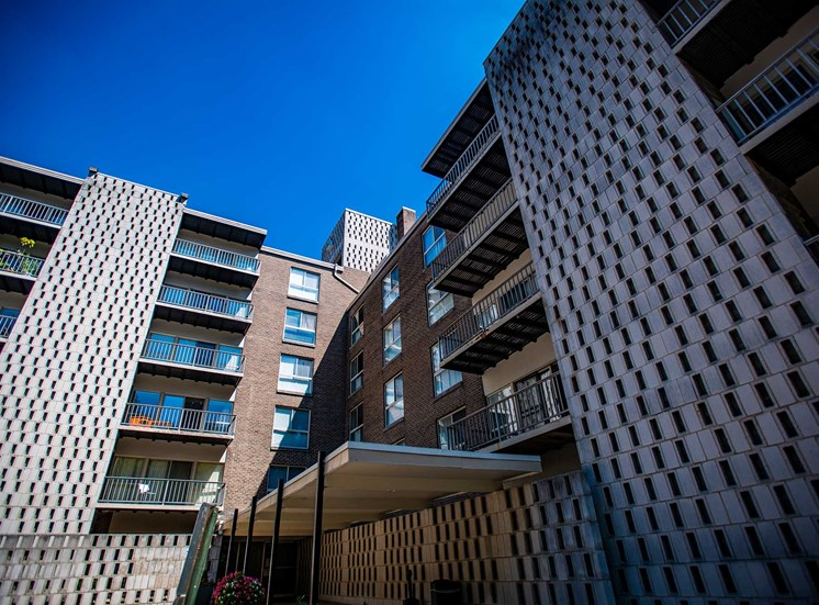 Silver Spring House Apartments Building Architecture