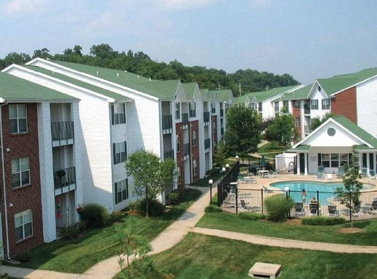 apartment building in Valley Park, MO