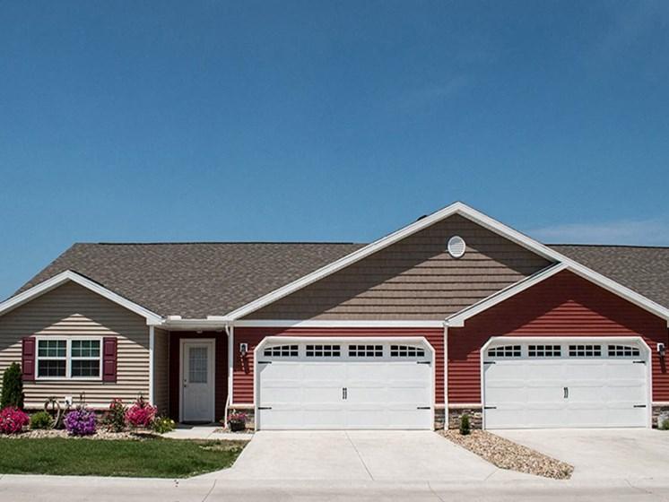 North Ridgeville OH Apartment Rentals Redwood Retreat At Stafford Two Car Garage New