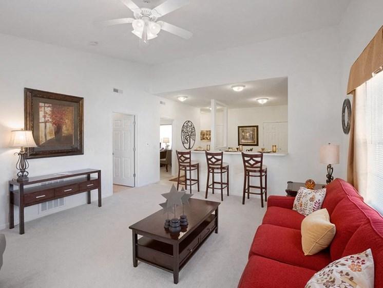 Vermillion OH Apartment Rentals Redwood Baywoods Living Room