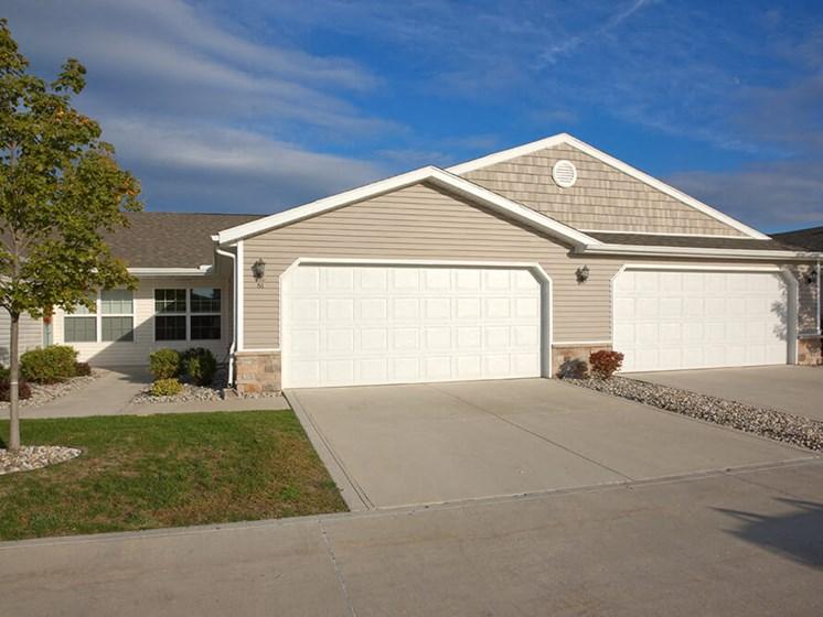 Oregon OH Apartment Rentals Redwood Bay Pointe Exterior Two Car Garage