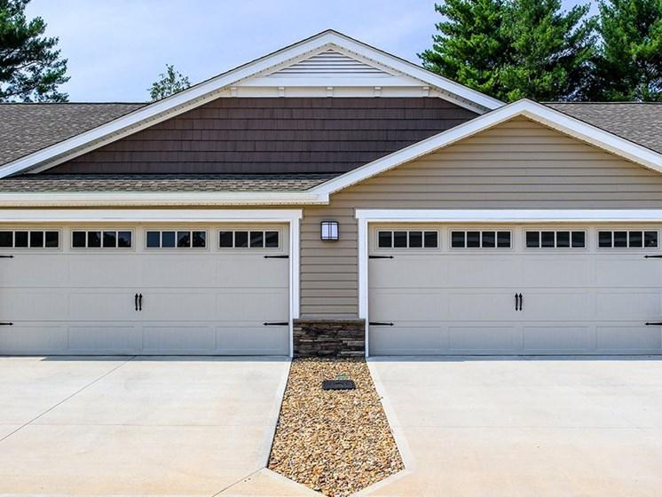 Greer SC Apartment Rentals Redwood Prestwick Ridge Two Car Garage