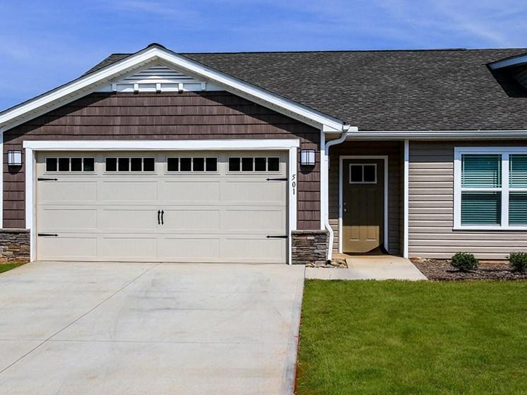 Concord NC Apartment Rentals Redwood Two Car Garage