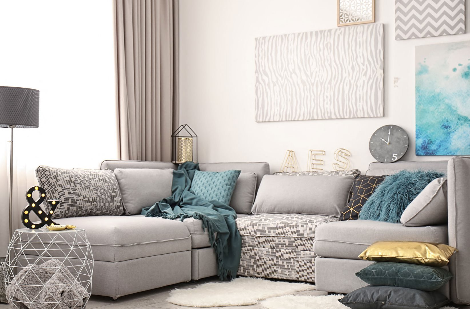 Windstone Couch