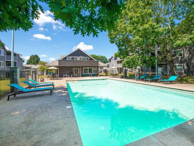 Year-Round Pool & Spa
