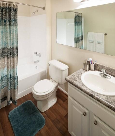 Clary's Crossing bathroom.