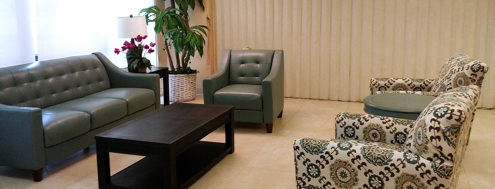 B'nai B'rith I, II, & III apartments in deerfield beach lobby