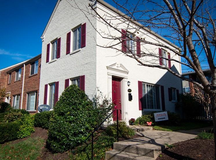 Brookville Townhomes Exterior 05