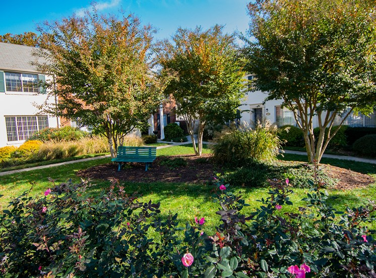 Brookville Townhomes Landscaped Courtyard Photo