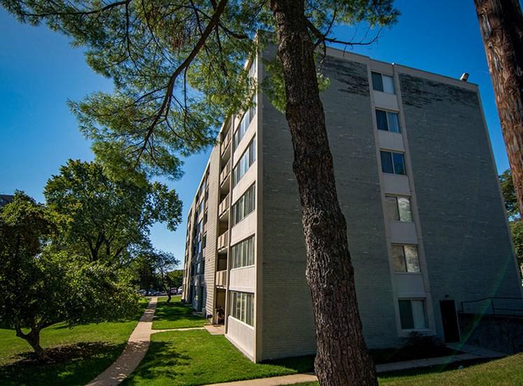 Heritage Park Apartments Building 3