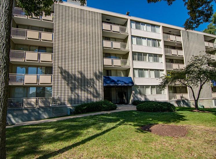 Heritage Park Apartments Building 14
