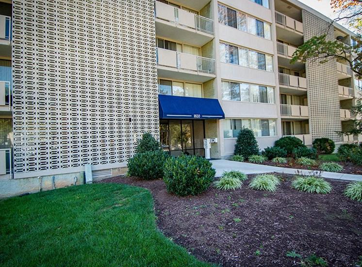 Heritage Park Apartments Building 16