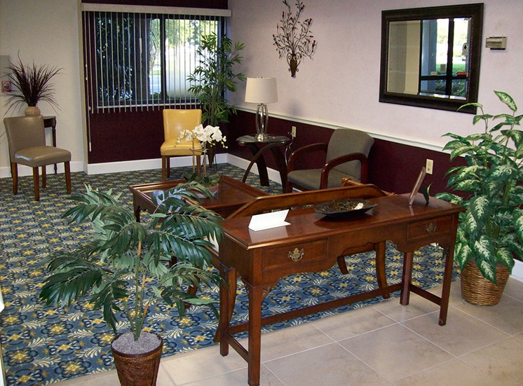 seating area with desk