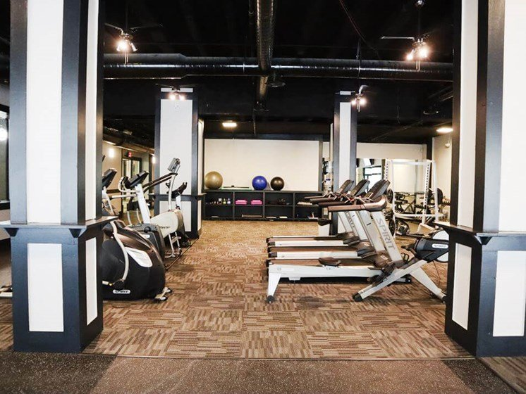 fitness center at Commodore Perry Apartments
