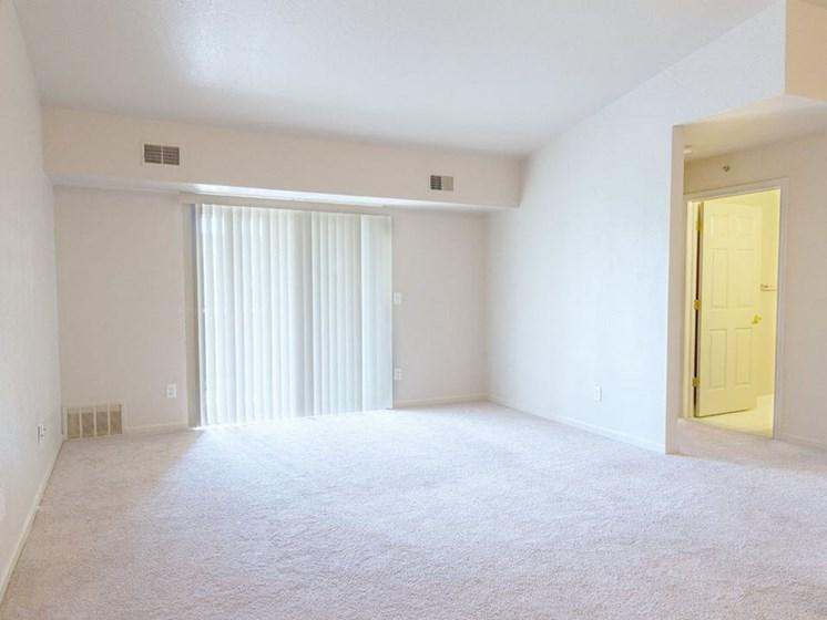 brightly lit luxury apartment in Taylor MI