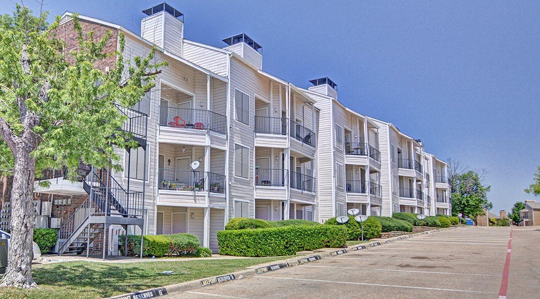 Lakeway Pointe Condominiums, Garland, Texas, TX