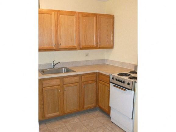 Peppertree Heights - Senior Apartments - Kitchen