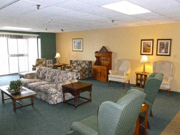 Peppertree Heights - Senior Apartments - Lounge Area