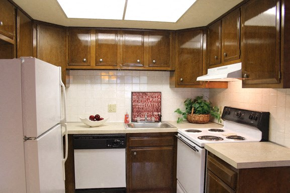Peppertree Village in Amherst NY - Fully Applianced Kitchen