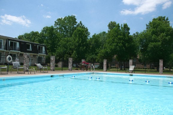 Peppertree Village in Amherst NY - Swimming Pool