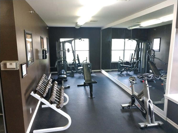 Club-Quality Fitness Center at Deer Run Apartments, Brown Deer, 53223