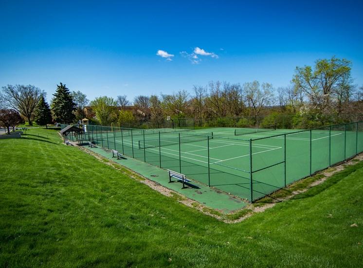 Carriage Park Apartments Tennis Courts 05