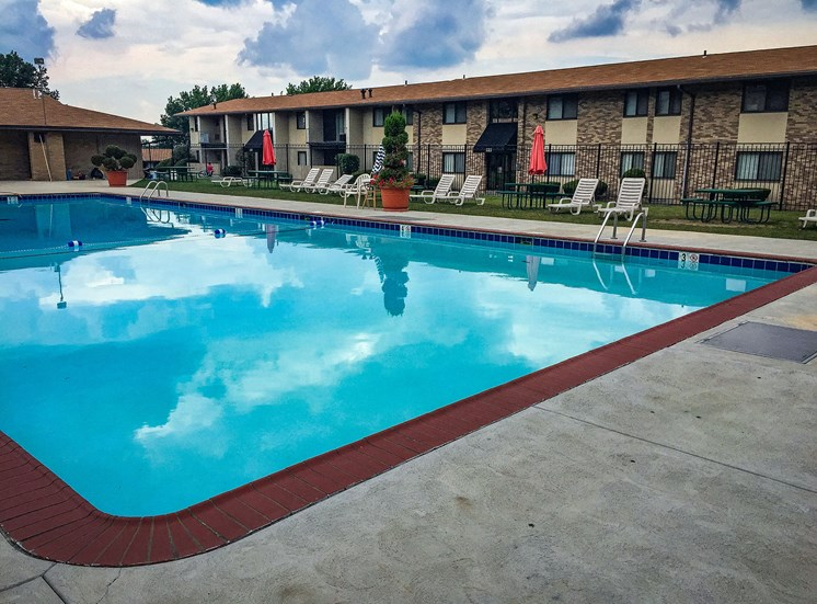 Carriage Park Apartments Pool Side