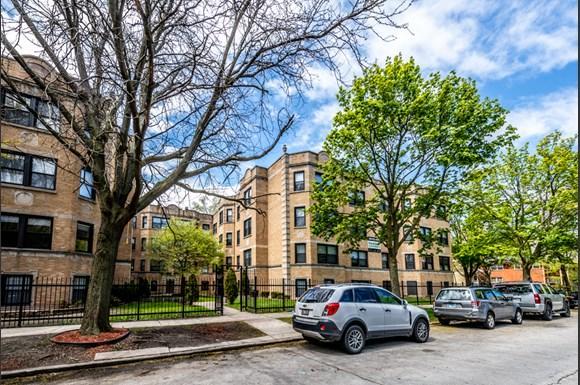 Exterior 8100 S Essex Apartments Chicago