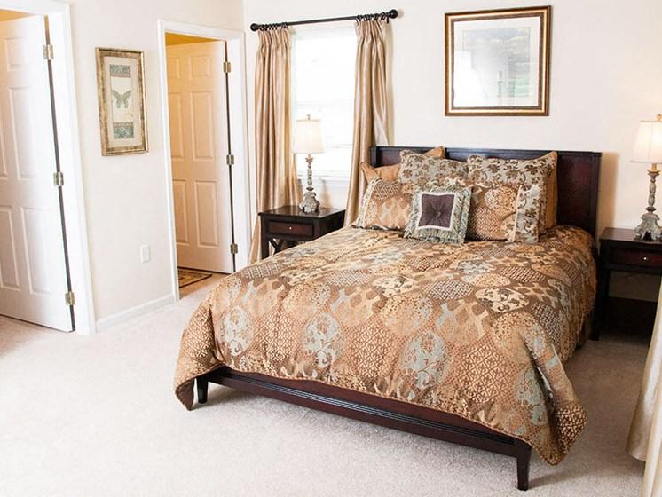Findlay Ohio Apartment Rentals Redwood Living Redwood Findlay Bedroom