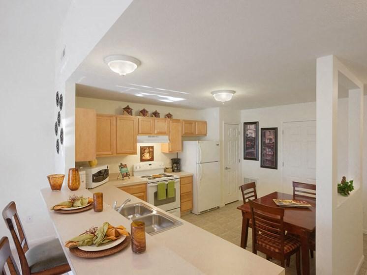 Findlay Ohio Apartment Rentals Redwood Living Redwood Findlay Kitchen