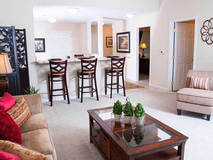 Findlay Ohio Apartment Rentals Redwood Living Redwood Findlay Living Room