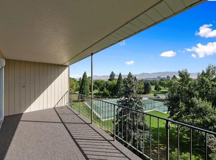 Patio at Parkview Apartments, Idaho