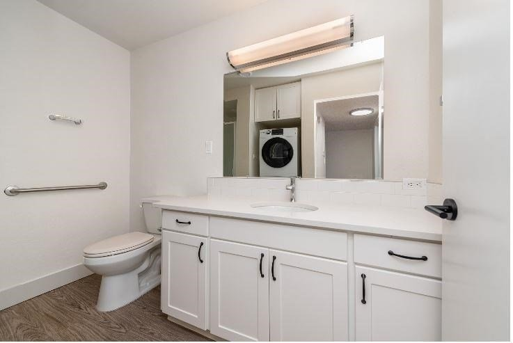 Updated Bathroom at Parkview Apartments, Boise, ID