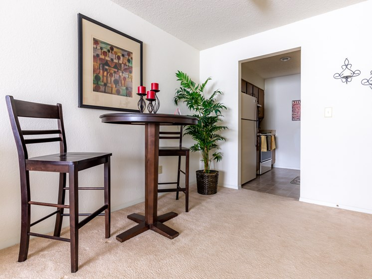 2 Bedroom dining tall table