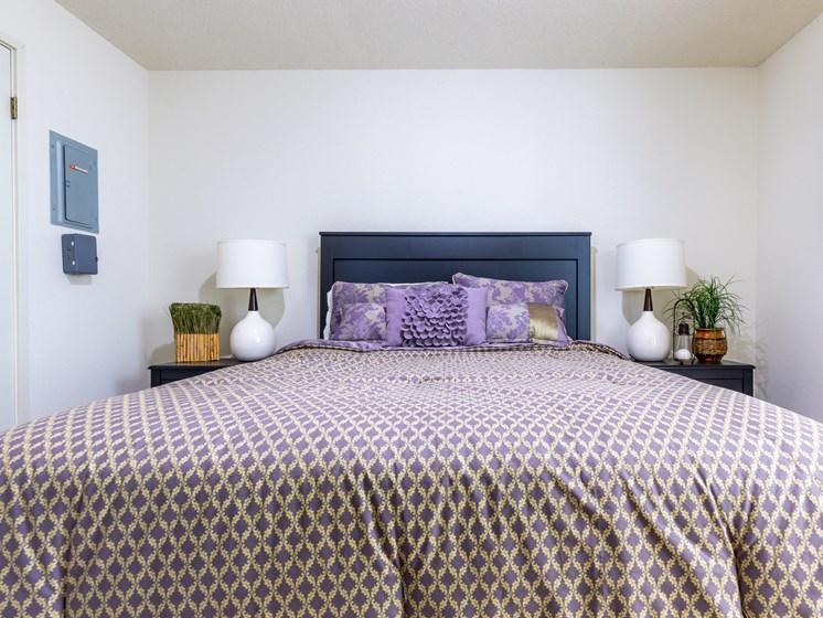 2 Bedroom bed