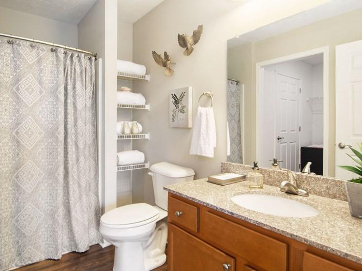 Valley City Ohio Apartment Rentals Redwood Valley City Bathroom