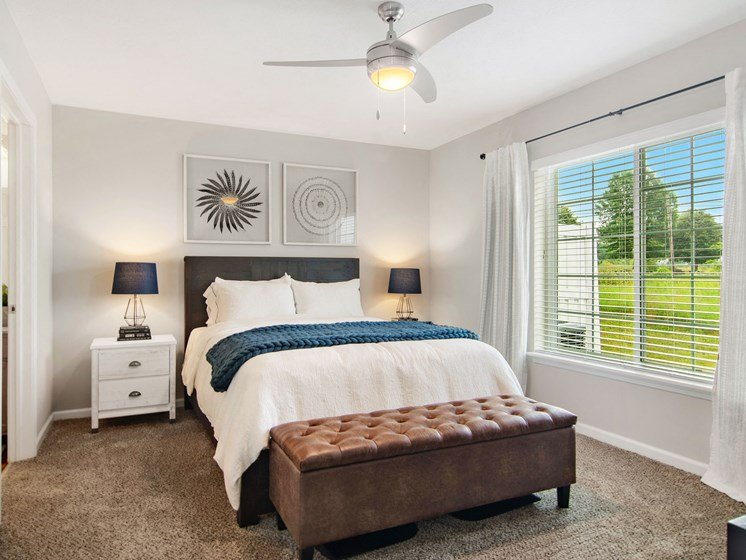 Valley City Ohio Apartment Rentals Redwood Valley City Main Bedroom