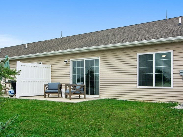 Valley City Ohio Apartment Rentals Redwood Valley City Personal Patio Looking Back