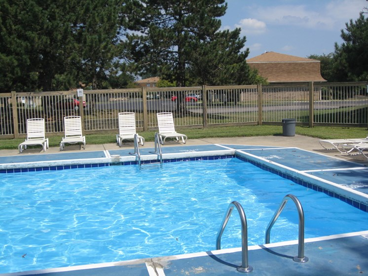 Poolside Relaxing Area at Ashley Village Apartments, Columbus, OH, 43232