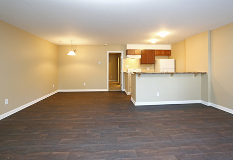 raleigh now leasing apartments newly renovated